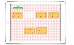 Beim Keks-Domino geht es darum, Formen und Mengen zu erkennen. Gefördert werden dabei Zuordnungsfähigkeit, Geschicklichkeit und die Hand-Augen-Koordination.