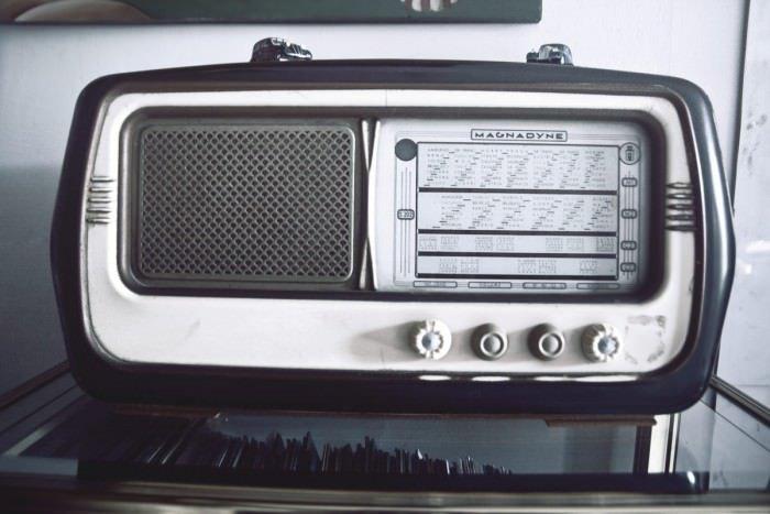 vintage-technology-music-old-medium_new
