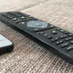 LED Weihnachtsbaumkerzen schalten Philips TV ein/aus
