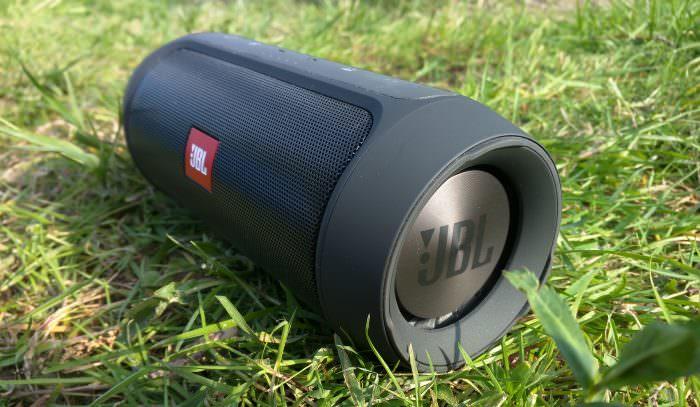 JBL-Charge-Side