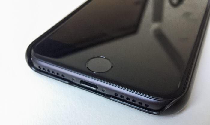 iphone-7-huelle-spigen
