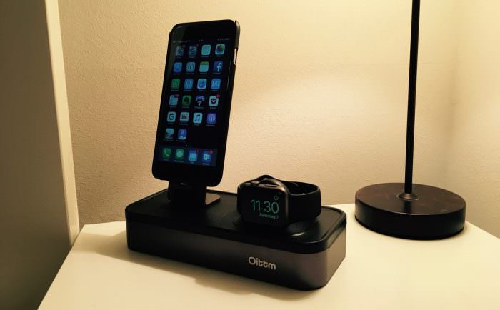 Oittm 5-USB Ports Apple Watch Stand