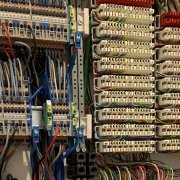 Homematic IP wired Schaltschrankplanung - LSA+ Klemmen für Signalkabel